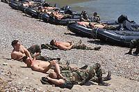 - US Marines during a pause of NATO exercises at cape Teulada (Sardinia) ....- US Marines durante una pausa di esercitazioni NATO a capo Teulada (Sardegna)