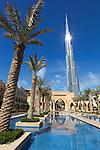 United Arab Emirates, Dubai: Burj Khalifa, the world's tallest building | Vereinigte Arabaische Emirate, Dubai: Burj Khalifa Dubai (das hoechste Gebaeude der Welt) und die Dubai Mall