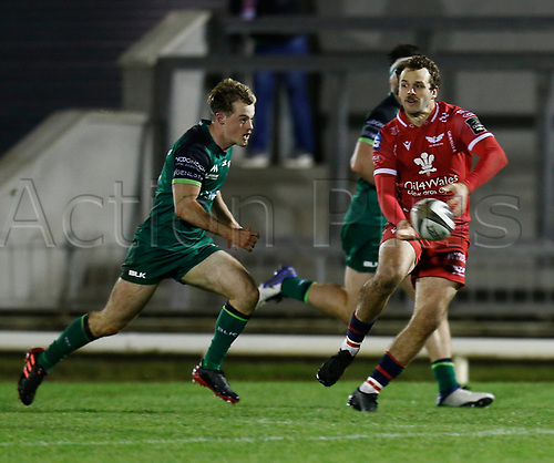 14th November 2020; Galway Sportsgrounds, Galway, Connacht, Ireland; Guinness Pro 14 Rugby, Connacht versus Scarlets; Paul Asquith on an attacking run for Scarlets