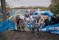 Mathieu van der Poel (NED/Corendon-Circus) just ahead of Laurens Sweeck (BEL/Pauwels Sauzen Vastgoedservice)<br /> <br /> men's race<br /> Soudal Jaarmarktcross Niel 2018 (BEL)