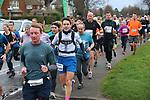 2020-02-23 Hampton Court Half 067 TRo Hampton Ct Way