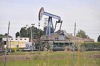 """- ENI oil well """"Cavone"""" in Mirandola municipality (Modena)<br /> <br /> - pozzo di petrolio ENI """"Cavone"""" nel comune di Mirandola (Modena)"""