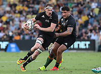 25th September 2021; Townsville, Gold Coast, Australia;  Brodie Retallick gets support for his break. All Blacks versus Springboks. The Rugby Championship. 100th Rugby Union test match between New Zealand and South Africa.