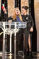 Andrea Arnold, Sasha Lane - CANNES 2016 - CEREMONIE DE CLOTURE - PALMARES