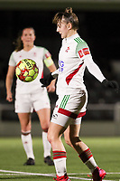 Zenia Mertens (6 OHL) with the ball during a female soccer game between Oud Heverlee Leuven and Sporting de Charleroi on the seventh matchday of the 2020 - 2021 season of Belgian Womens Super League , sunday 15 th of November 2020  in Heverlee , Belgium . PHOTO SPORTPIX.BE | SPP | SEVIL OKTEM