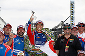 Verizon IndyCar Series<br /> Indianapolis 500 Race<br /> Indianapolis Motor Speedway, Indianapolis, IN USA<br /> Sunday 28 May 2017<br /> Winner Takuma Sato, Andretti Autosport Honda, Michael Andretti<br /> World Copyright: Michael L. Levitt<br /> LAT Images