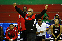 MANIZALES -COLOMBIA, 15-10-2013. Carlos Gil entrenador de Halcones durante el partido entre Manizales Once Caldas y Halcones de Cúcuta válido por la fecha 27 Liga DirecTV de Baloncesto 2013-II de Colombia jugado en el coliseo Jorge Arango de la ciudad de Manizales./ Carlos Gil coach of Halcones during the match between Manizales Once Caldas and Halcones de Cucuta valid for the 27th date of DirecTV Basketball League 2013-II in Colombia at Jorge Arango coliseum in Manizales. Photo:VizzorImage / Santiago Osorio / STR