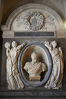 Tomb of King Henry IV of France and Navarra (1553 - 1610) ruler from 1589 to 1610... The Gothic Cathedral Basilica of Saint Denis ( Basilique Saint-Denis ) Paris, France. A UNESCO World Heritage Site.