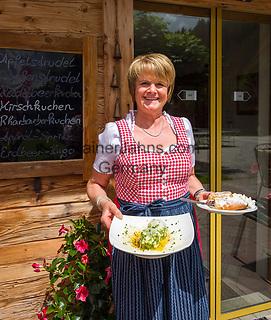 Austria, Tyrol, Westendorf (Tyrol): at Zieplhof Mountain Inn | Oesterreich, Tirol, Westendorf (Tirol): Bauernhof und Berggasthof Zieplhof, hier bedient die Chefin noch selbst