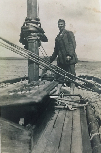 Michael Collins' Fisheries Inspector helming Kelpie…….At sea, Conor O'Brien thought that wearing shoes of any kind was an affectation