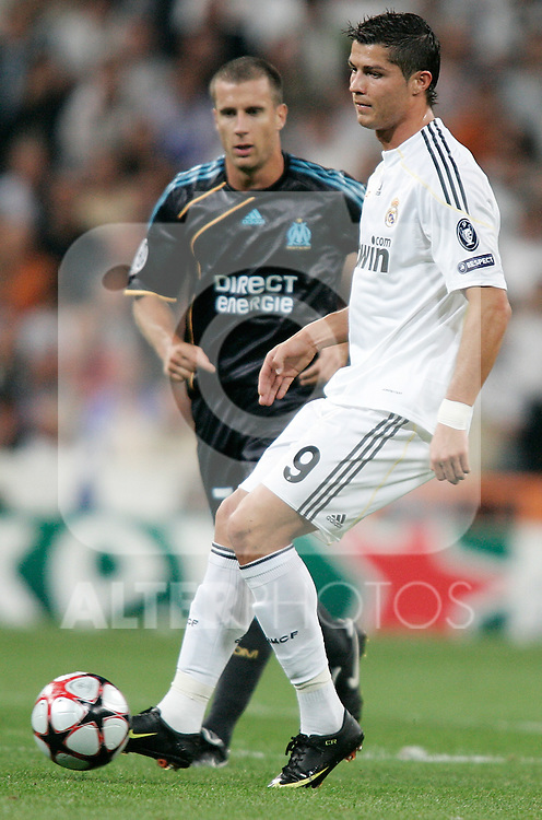 Real Madrid's Cristiano Ronaldo during UEFA Champions League match, September 30, 2009. (ALTERPHOTOS/Alvaro Hernandez)