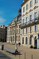quai des chartrons bourse maritime bordeaux france