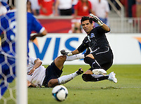 USA 2-1 over El Salvador in a CONCACAF World Cup qualifying match at Rio Tinto Stadium, in Sandy Utah, Saturday, September 5, 2009. Miguel Montes goalkeeper.