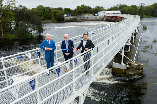 Pictured at a photocall to mark the official opening of the restored Meelick Weir and Walkway in Meelick, Eyrecourt, Co Galway today are: John Mc Donagh, CEO Waterways Ireland, Malcolm Noonan TD Minister of State of Heritage & Darragh O Brien TD Minister for Housing Local Government & Heritage
