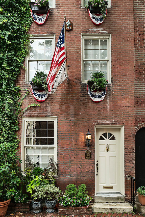 Townhouse, Quince Street, Old City, Philadelphia, Pennsylvania, USA