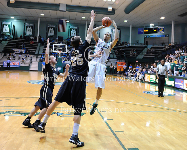 Tulane men's basketball falls to UCF, 65-62, at Fogelman Arena.