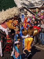 Sackner beim Aufzug der Masken beim Nassereither Schellerlauf, Fasnacht in Nassereith, Bezirk Imst, Tirol, Österreich, Europa, immaterielles UNESCO Weltkulturerbe<br /> gathering of the masks, Nassereither Schellerlauf-Fasnacht, Nassereith, Tyrol, Austria Europe, Intangible World Heritage