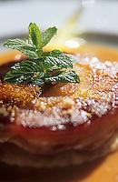 """Europe/France/Centre/41/Loir-et-Cher/Bracieux: Restaurant """"Le Relais de Bracieux"""" - Galette de pommes et poires caramel au gingembre"""