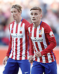 Atletico de Madrid's Antoine Griezmann (r) and Fernando Torres during La Liga match. April 30,2016. (ALTERPHOTOS/Acero)