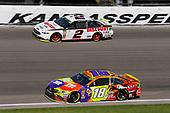 #18: Kyle Busch, Joe Gibbs Racing, Toyota Camry M&M's Halloween and #2: Brad Keselowski, Team Penske, Ford Fusion Discount Tire