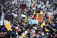 ARMENIA - COLOMBIA, 28-04-2021: Cientos de manifestantes recorrieron las calles de la ciudad de Armenia durante la jornada del Paro nacional en Colombia hoy, 28 abril de 2021, para protestar por la reforma tributaria que adelanta el gobierno de Ivan Duque además de la precaria situación social y económica que vive Colombia. El paro fue convocado por sindicatos, organizaciones sociales, estudiantes y la oposición. / Hundred of protestors marched through the streets of the city of Armenia during the day of the national strike in Colombia today, April 28, 2021, to protest the tax reform carried out by the government of Ivan Duque in addition to the precarious social and economic situation that Colombia is experiencing. The strike was called by unions, social organizations, students and the opposition in Colombia. Photo: VizzorImage / Santiago Castro / Cont