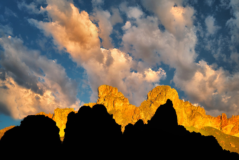 Rock formations and clouds in Leslie Gultch. Malhuer County, Oregon