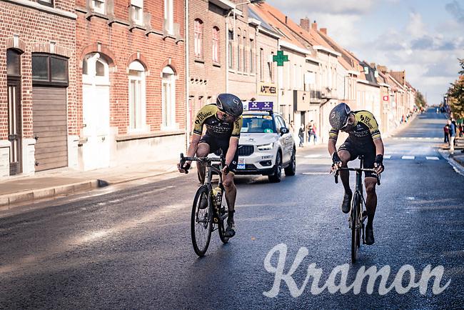 Luke Durbridge (AUS/Mitchelton-Scott) checking with Luka Mezgec (SVN/Mitchelton Scott) what's wrong...<br /> <br /> 82nd Gent-Wevelgem in Flanders Fields 2020 (1.UWT)<br /> 1 day race from Ieper to Wevelgem (232km)<br /> <br /> ©kramon