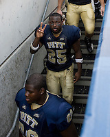 08 September 2007: Pitt running back LeSean McCoy (25)..The Pitt Panthers defeated the Grambling State Tigers 34-10 on September 08, 2007 at Heinz Field, Pittsburgh, Pennsylvania.