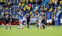 BARRANQUILLA – COLOMBIA, 09-09-2021: Jugadores de Chile (CHI) calientan antes de partido entre los seleccionados de Colombia (COL) y Chile (CHI), de la fecha 9 por la clasificatoria a la Copa Mundo FIFA Catar 2022, jugado en el estadio Metropolitano Roberto Melendez en Barranquilla. / Players of Chile (CHI) warm up prior a match between the teams of Colombia (COL) and Chile (CHI), of the 9th date for the FIFA World Cup Qatar 2022 Qualifier, played at Metropolitan stadium Roberto Melendez in Barranquilla. / Photo: VizzorImage / Jairo Cassiani / Cont.