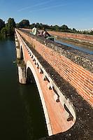 Europe/France/Midi-Pyrénées/82/Tarn-et-Garonne/Moissac: Pont Canal du Cacor, ce pont permet au Canal de Garonne d'enjamber le Tarn