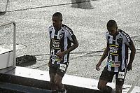 RIO DE JANEIRO (RJ) - 05/02/2021 - BOTAFOGO-SPORT - Marcelo Benevenuto e Kanu. Partida entre Botafogo e Sport, válida pela 34ª rodada do Campeonato Brasileiro 2020, realizada no Estádio Nilton Santos (Engenhão), no Rio de Janeiro, nesta sexta (05).