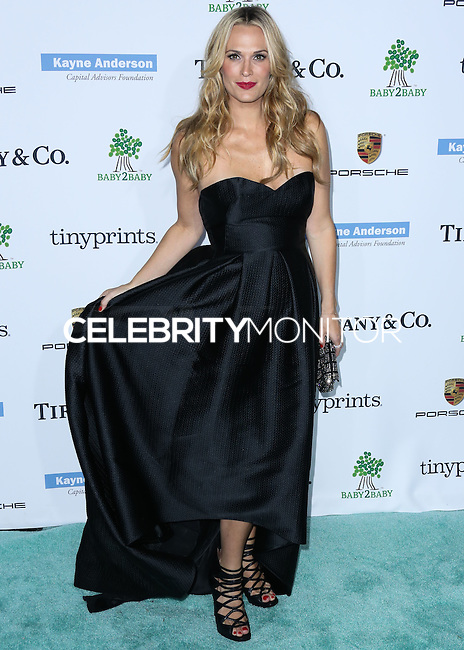 CULVER CITY, LOS ANGELES, CA, USA - NOVEMBER 08: Molly Sims arrives at the 3rd Annual Baby2Baby Gala held at The Book Bindery on November 8, 2014 in Culver City, Los Angeles, California, United States. (Photo by Xavier Collin/Celebrity Monitor)