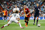 Real Madrid´s Luka Modric (L) and Galatasaray´s Wesley Sneijder during Santiago Bernabeu Trophy match at Santiago Bernabeu stadium in Madrid, Spain. August 18, 2015. (ALTERPHOTOS/Victor Blanco)