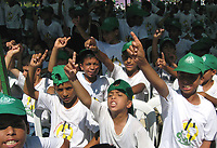 """Palestinian children in the summer camp organized by the Hamas movement in Gaza and the camp name of freedom of the Palestinian prisoners in Israeli jails, July 11, 2007 .""""photo by Fady Adwan"""""""