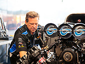 Shawn Langdon, Global Electronic Technology, funny car, Camry, Del Worsham, crew, pits