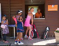 Netherlands, Dordrecht, August 03, 2015, Tennis,  National Junior Championships, NJK, TV Dash 35, organizing office, organisatie, wedstrijdleiding<br /> Photo: Tennisimages/Henk Koster