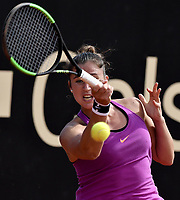 BOGOTA -COLOMBIA. 13-04-2017. Sara Sorribes Tormo (ESP) durante juego contra Magda Linette (POL) de cuartos de final del Claro Open Colsanitas WTA 2017 jugado en el Club Los Lagartos en Bogota. /  Sara Sorribes Tormo (ESP) during match against Magda Linette (POL) for the quater final of Claro Open Colsanitas WTA 2017 played at Club Los Lagartos in Bogota city. Photo: VizzorImage/ Gabriel Aponte / Staff