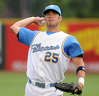 July 11, 2008: Outfielder Jon Mark Owings (25) of the Myrtle Beach Pelicans, Class A affiliate of the Atlanta Braves, in a game against the Salem Avalanche at BB&T Coastal Field in Myrtle Beach, S.C. Photo by:  Tom Priddy/Four Seam Image