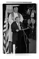 Les Premiers Ministres Landry et Martin assistent a une ceremonie pour les victimes des attentats du 11 septembre, en 2001 (date exacte inconnue)<br /> <br /> PHOTO : Agence Quebec Presse<br /> <br /> <br />  NOTE : Lorsque requis la photo commandée sera recadrée et ajustée parfaitement.
