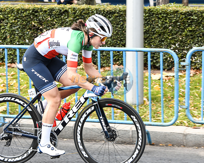 Italian Champion Elisa Longo Borghini (ITA) Trek-Segafredo during Stage 3 of the CERATIZIT Challenge by La Vuelta 2020, running 98.6km around the streets of Madrid, Spain. 8th November 2020.<br /> Picture: Antonio Baixauli López/BaixauliStudio | Cyclefile<br /> <br /> All photos usage must carry mandatory copyright credit (© Cyclefile | Antonio Baixauli López/BaixauliStudio)
