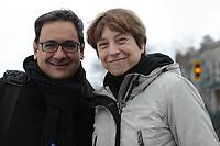 Andres Fontecilla et  Francoise David, co-portes paroles de Quebec Solidaire, durant la campagne electorale de 2004<br /> <br /> <br /> PHOTO D'ARCHIVE: agence Quebec Presse