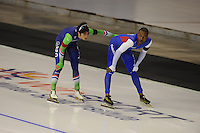 SPEEDSKATING: CALGARY: 14-11-2015, Olympic Oval, ISU World Cup, 1000m, Kai Verbij (NED), Shani Davis (USA), ©foto Martin de Jong