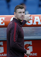 Calcio, Serie A: Roma vs Empoli. Roma, stadio Olimpico, 17 ottobre 2017.<br /> Roma's Edin Dzeko blinks his eye prior to the start of the Italian Serie A football match between Roma and Empoli at Rome's Olympic stadium, 17 October 2015.<br /> UPDATE IMAGES PRESS/Isabella Bonotto