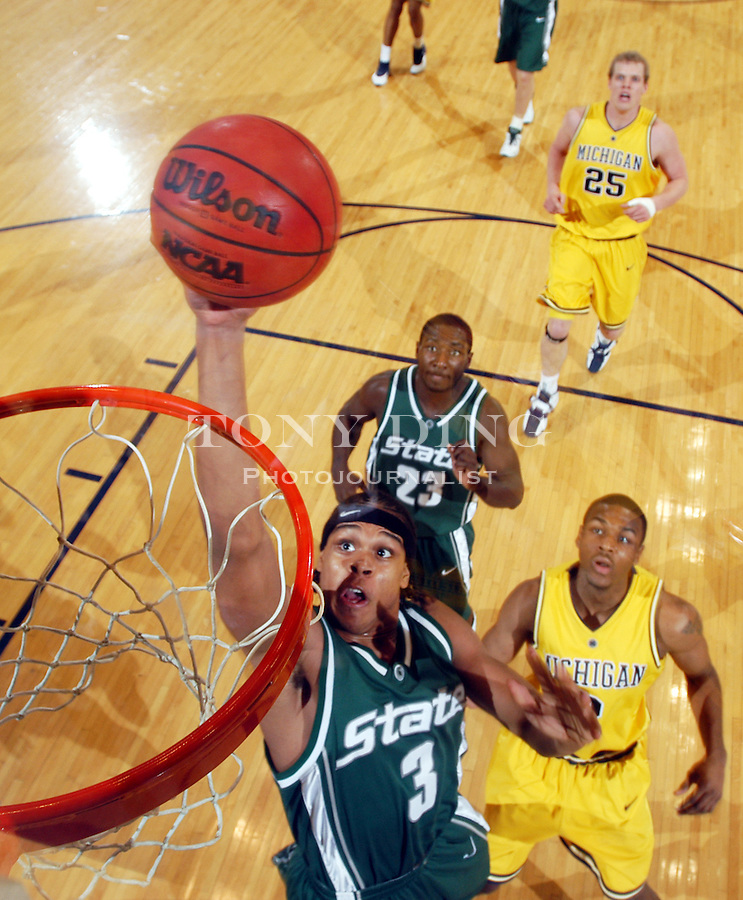 during the Wolverines' 69-72 loss to Michigan State on Tuesday, February 24, 2004 at Crisler Arena in Ann Arbor, Mich. (TONY DING / The Michigan Daily)