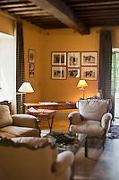 Europe/France/Provence-Alpes-Côte d'Azur/13/Bouches-du-Rhône/Env d'Arles/Le Sambuc:  Le Mas de Peint - détail du salon