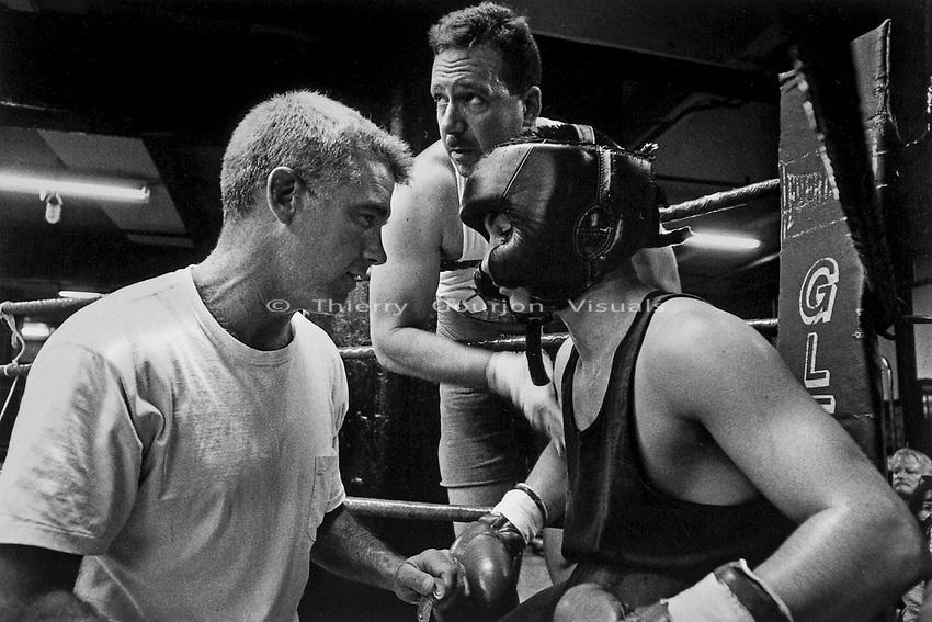 Amateur fight at Gleason's Gym in Brooklyn, New York.<br />Photograph by Thierry Gourjon-Bieltvedt. 1995-2005