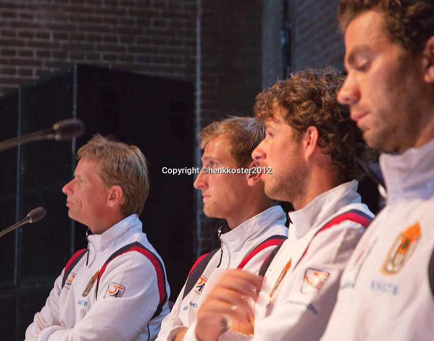 13-09-12, Netherlands, Amsterdam, Tennis, Daviscup Netherlands-Swiss, Draw   Dutch team press-conference, l.t.r.: captain Jan Siemerink,Thiemo de Bakker, Robin Haase and Jean-julian Rojer.