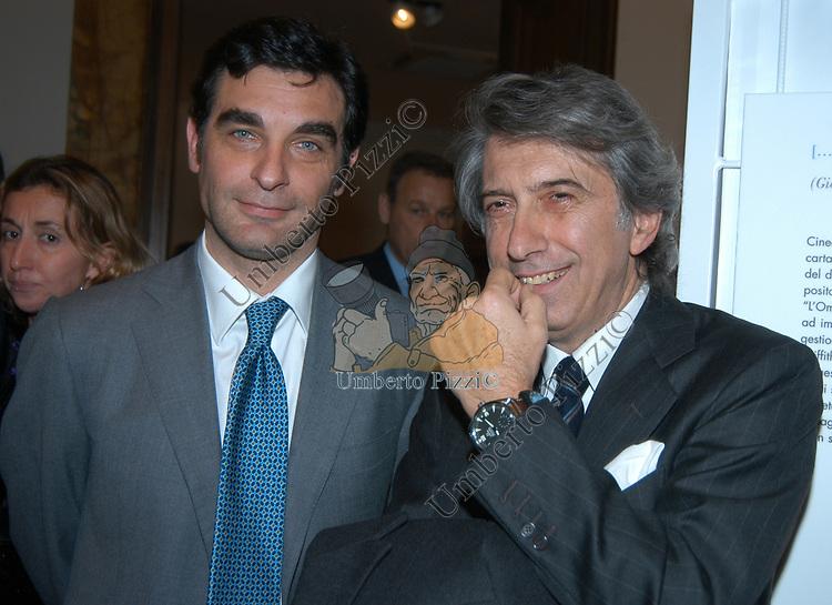 """TIBERIO TIMPERI<br /> VERNISSAGE """"ROMA 2006 10 ARTISTI DELLA GALLERIA FOTOGRAFIA ITALIANA"""" AUDITORIUM DELLA CONCILIAZIONE ROMA 2006"""