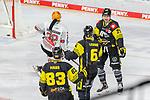 Torjubel Krefelds Niklas Postel (Nr.29) und Krefelds Lucas Lessio (Nr.6) , Krefelds Adrian Grygiel (Nr.83)  beim Spiel in der Gruppe Nord der DEL, Krefeld Pinguine (schwarz) – Fischtown Pinguins Bremerhaven (weiss).<br /> <br /> Foto © PIX-Sportfotos.de *** Foto ist honorarpflichtig! *** Auf Anfrage in hoeherer Qualitaet/Aufloesung. Belegexemplar erbeten. Veroeffentlichung ausschliesslich fuer journalistisch-publizistische Zwecke. For editorial use only.
