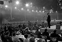 Sujet : Congrès du Mouvement Souvraineté Association -  René Lévesque<br /> Date : Entre le 13 et le 19 octobre 1969<br /> <br />  PHOTO :  © Agence Québec Presse, Fonds Photo Moderne